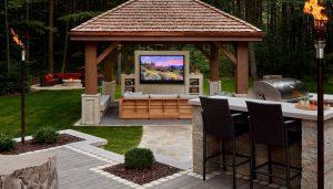 Séura outdoor television